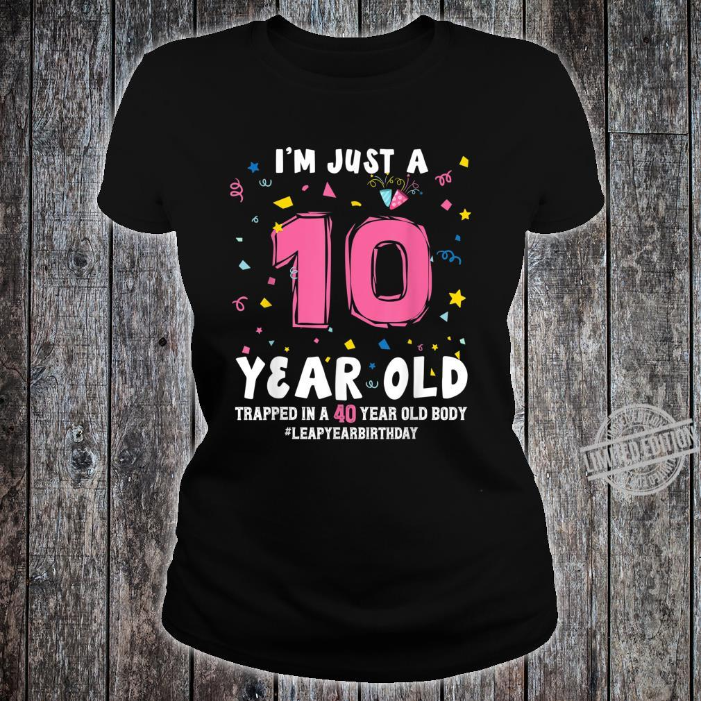 40 Year Old Birthday February 29 Leap Year Leap Day Birthday Shirt ladies tee