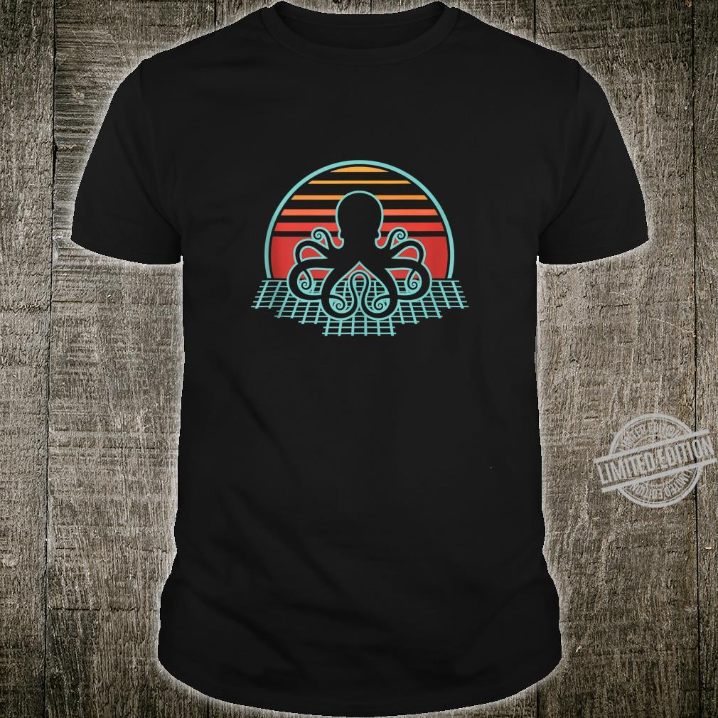 Cthulhu Retro Vintage Design Shirt